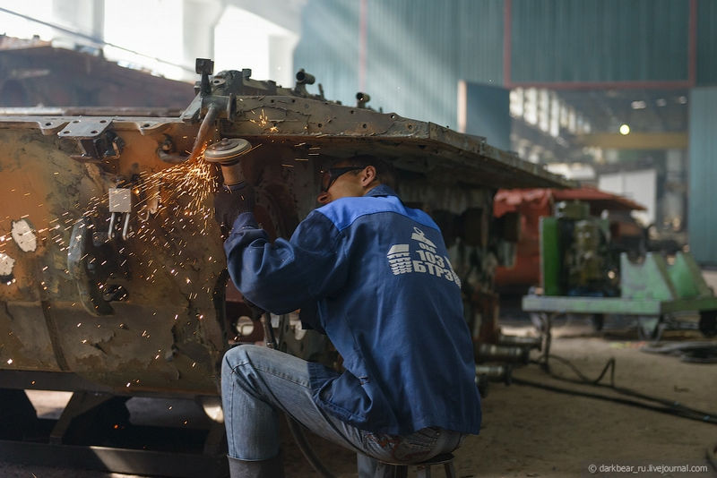 اصلاح الدبابات والمدرعات  Repairtansk001-5