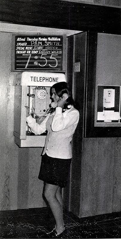 Retro Phone Talking Girls