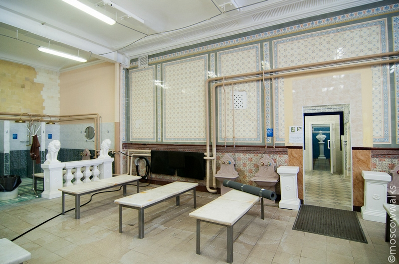 Moscow Central Public Baths: Hot Sandunovskie Baths