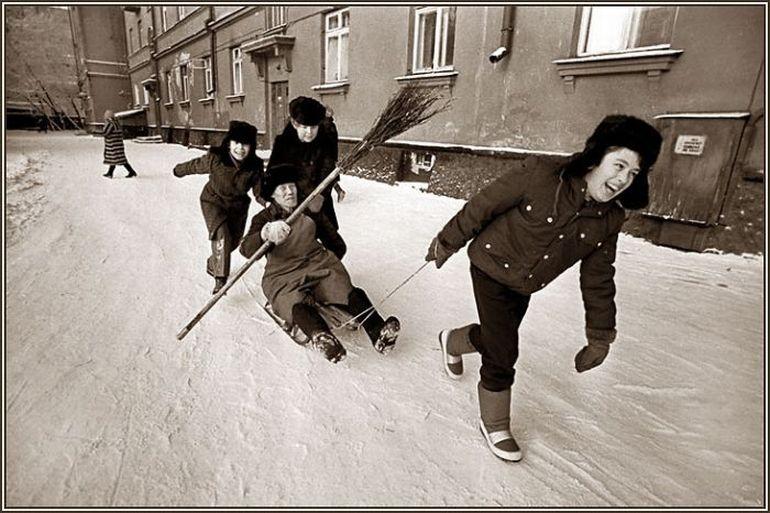 68 lifeofsoviets001 espíritu de la época soviética