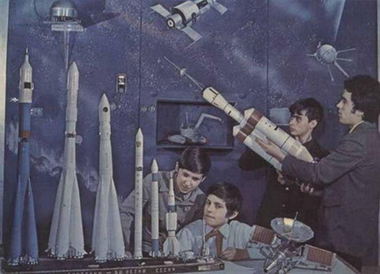 73 lifeofsoviets001 espíritu de la época soviética