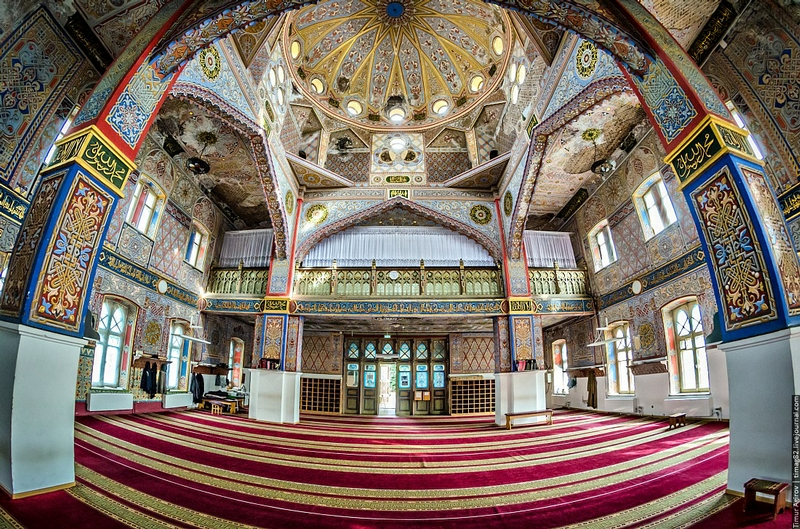 Sunni Mosque That May Die