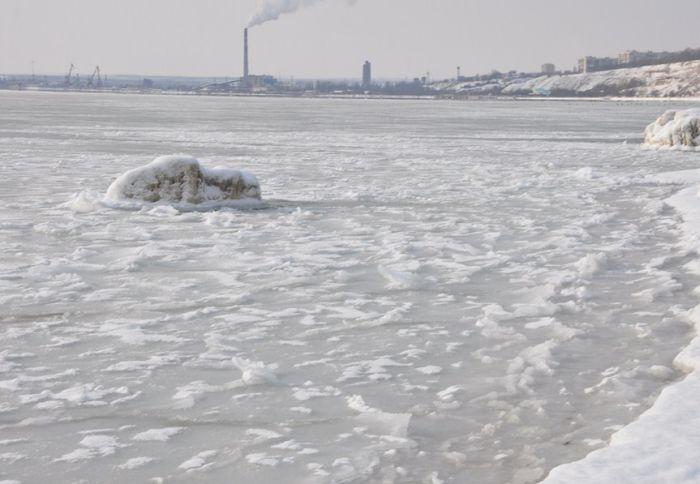 The Black Sea Got Frozen!