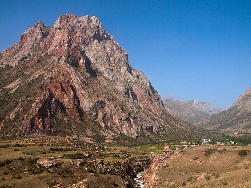 In the Fann Mountains