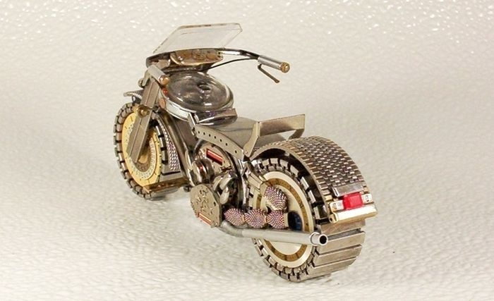 Cool Bikes Mаdе Оut Оf Оld Watches
