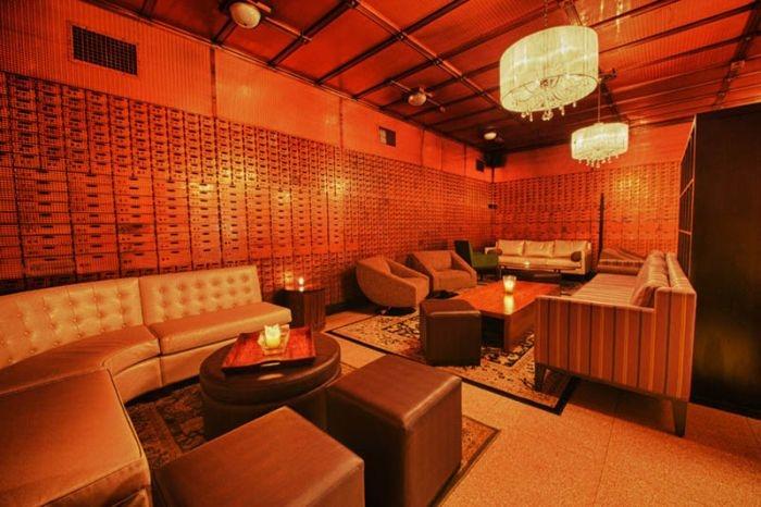Chicago Club Inside a Bank