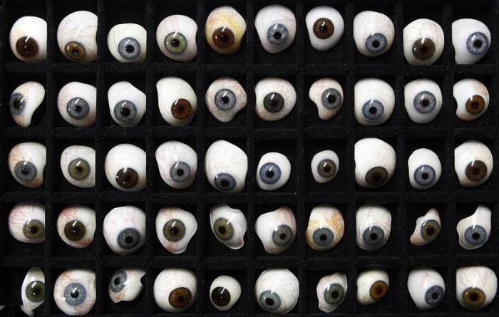 Making An Artificial Eye