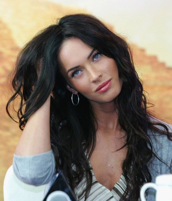 http://media.englishrussia.com/112012/visboo/megan-fox-twitpics/megan_fox_02.jpg