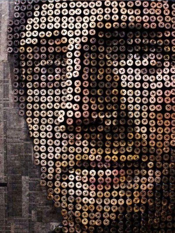 retrato con relieve echo con tornillos