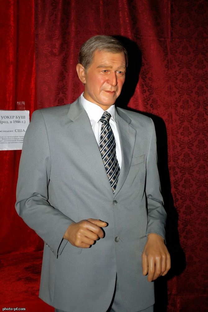The Museum Of Wax Figures In Saint-Petersburg