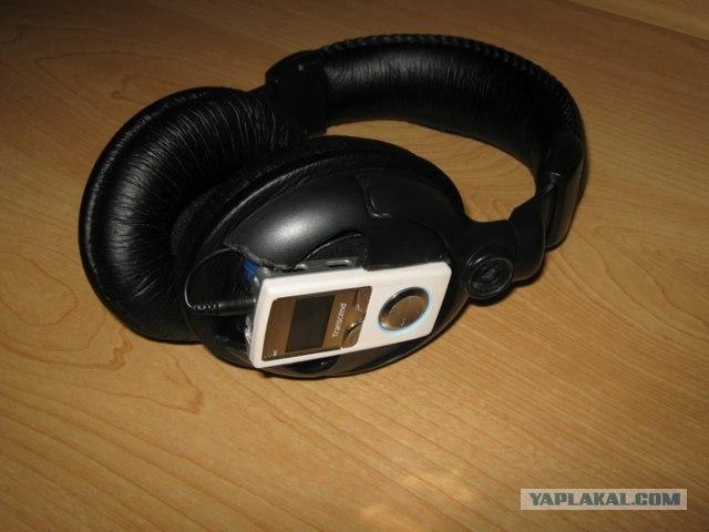 Wireless Headphones Featuring Mp3