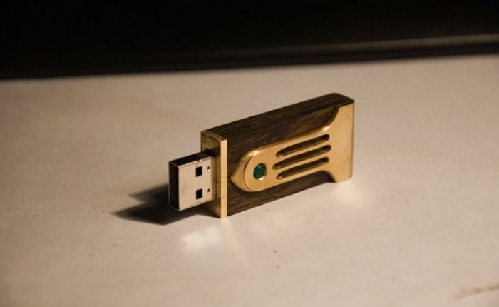 Wooden Body For Your USB Drive