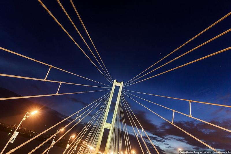 New Angles of the South Bridge In Kiev