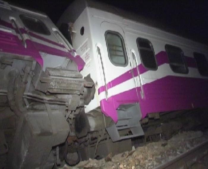 train crash in Ukraine 13