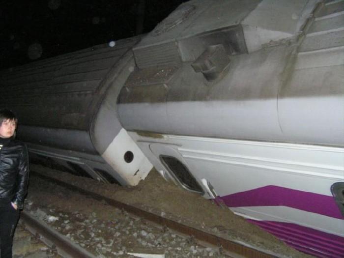 train crash in Ukraine 16