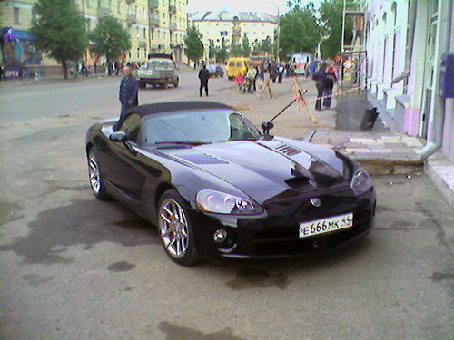 burned down dodge viper in russia 1
