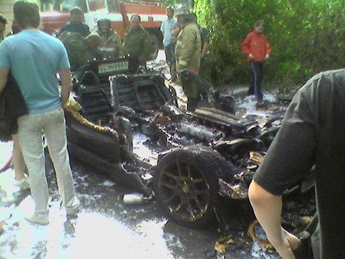 burned down dodge viper in russia 5