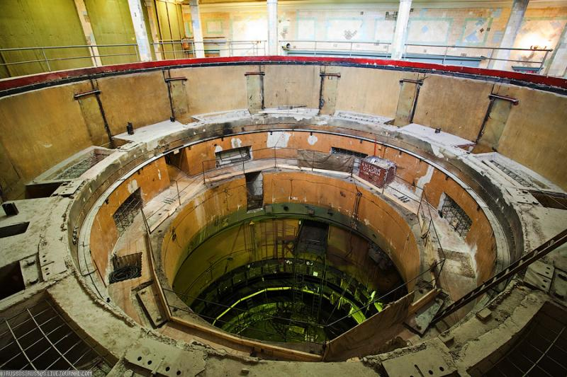 Cool Russian hydro electric plant 41