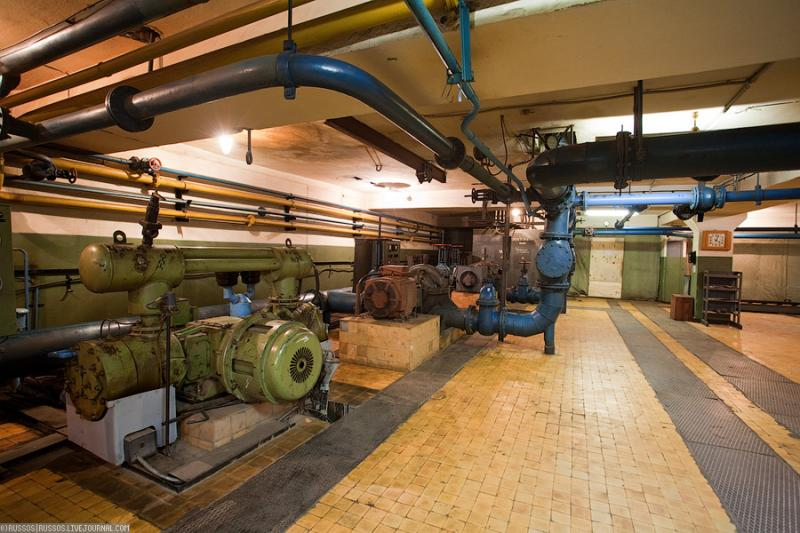 Cool Russian hydro electric plant 47
