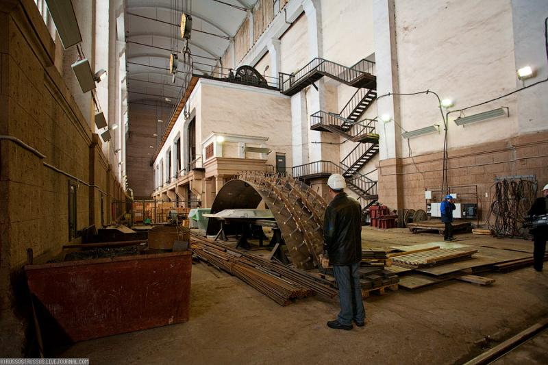 Cool Russian hydro electric plant 51