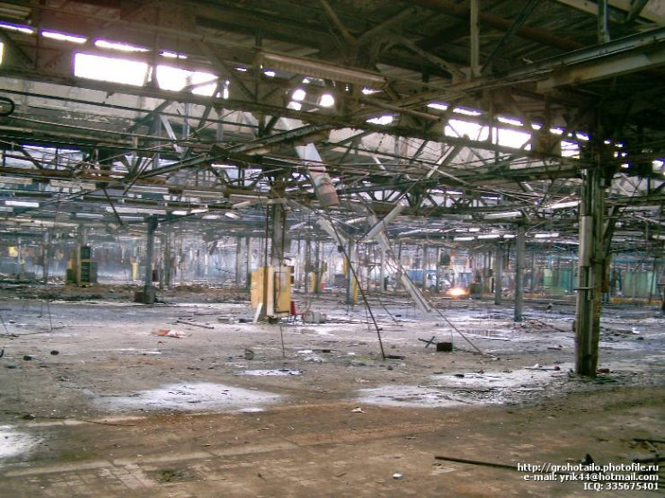 abandoned azlk automobile factory 21