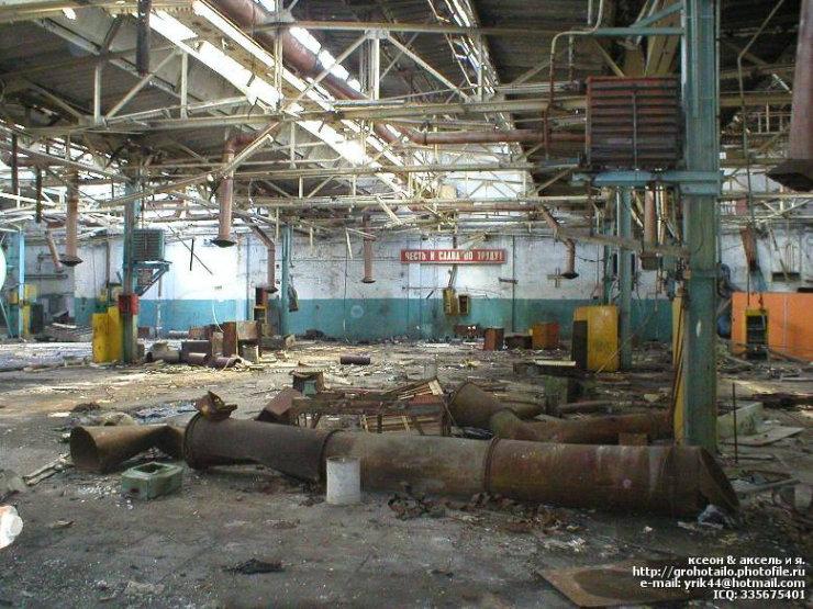 abandoned azlk automobile factory 31