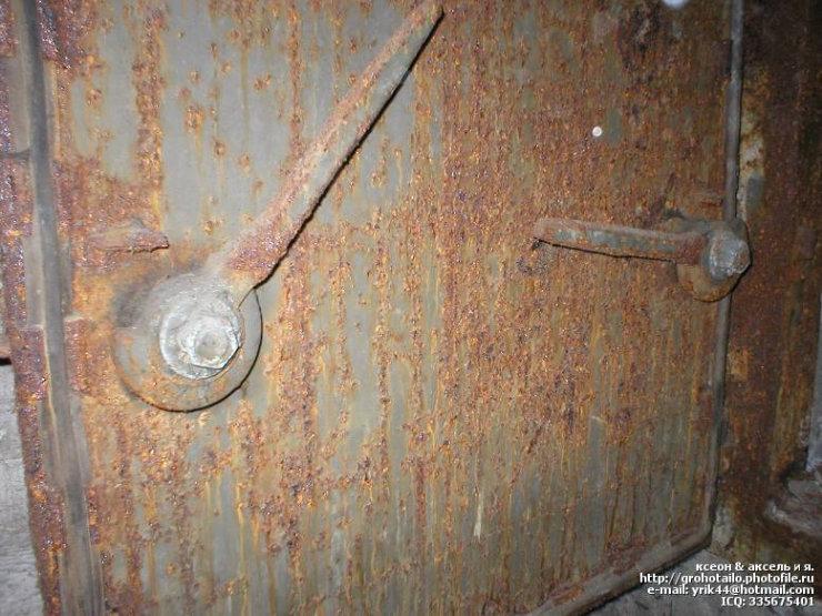 abandoned azlk automobile factory 32