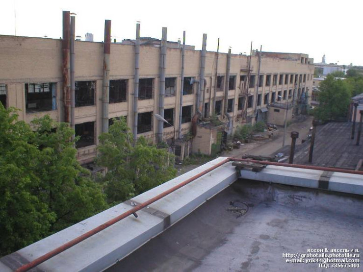 abandoned azlk automobile factory 48