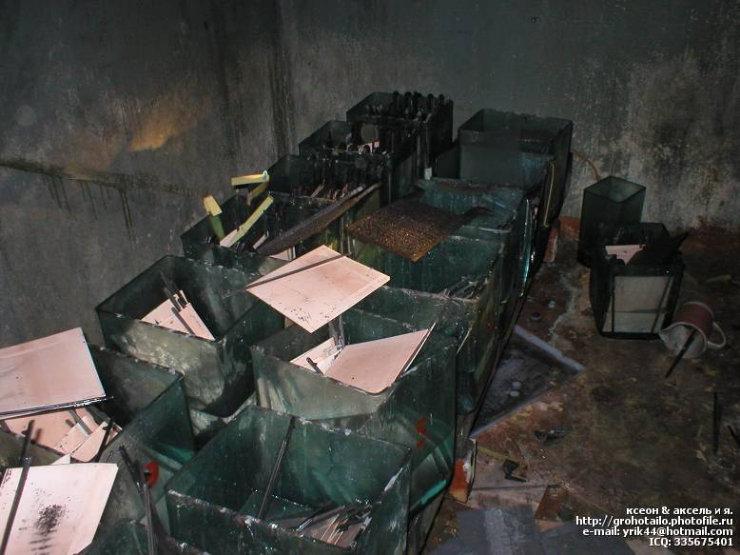 abandoned azlk automobile factory 49