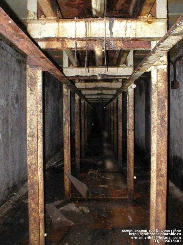 abandoned azlk automobile factory 51