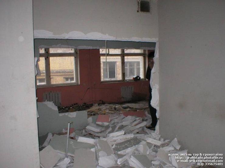 abandoned azlk automobile factory 64