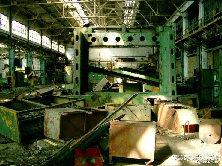 abandoned azlk automobile factory 7