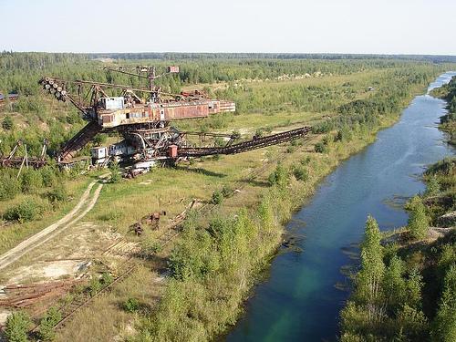 giant soviet excavation device used for exploitation of phosphorus field 2
