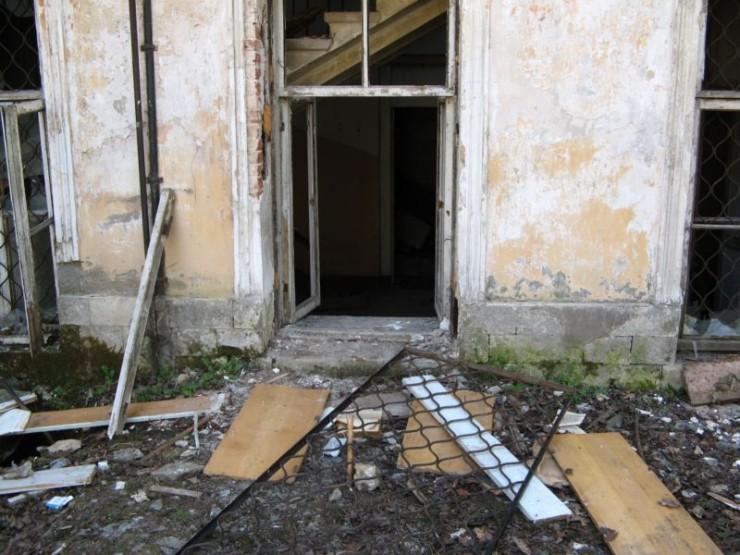 abandoned bio-chemistry lab 1