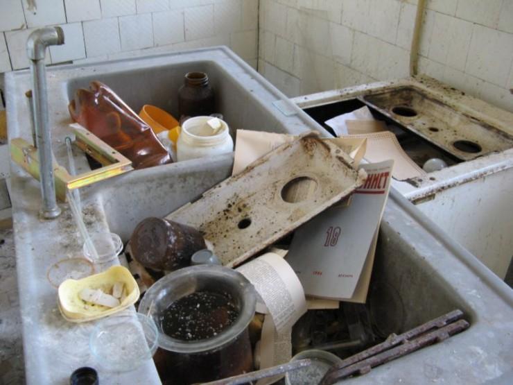 abandoned bio-chemistry lab 10