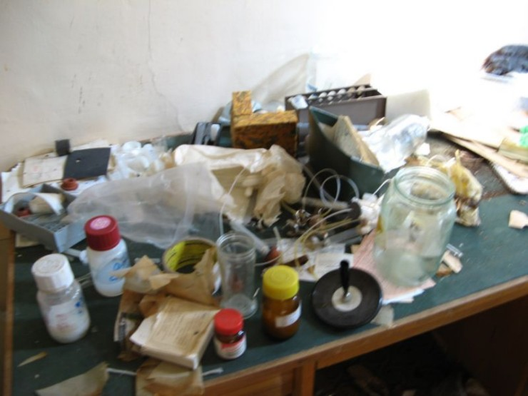 abandoned bio-chemistry lab 6