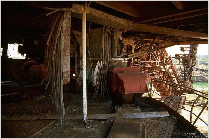 Russian abandoned heavy machinery 12