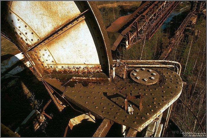 Russian abandoned heavy machinery 13