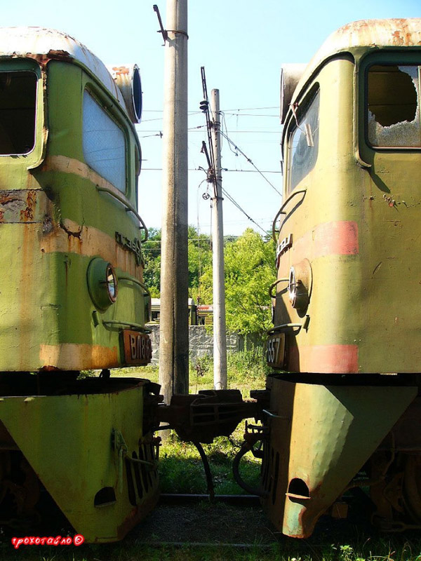 abandoned soivet trains in Sukhumi 1