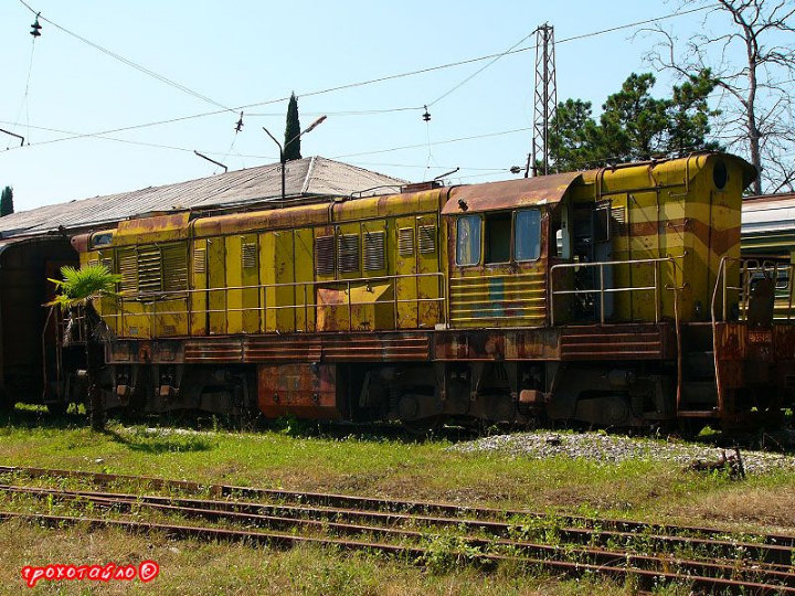 abandoned soivet trains in Sukhumi 11