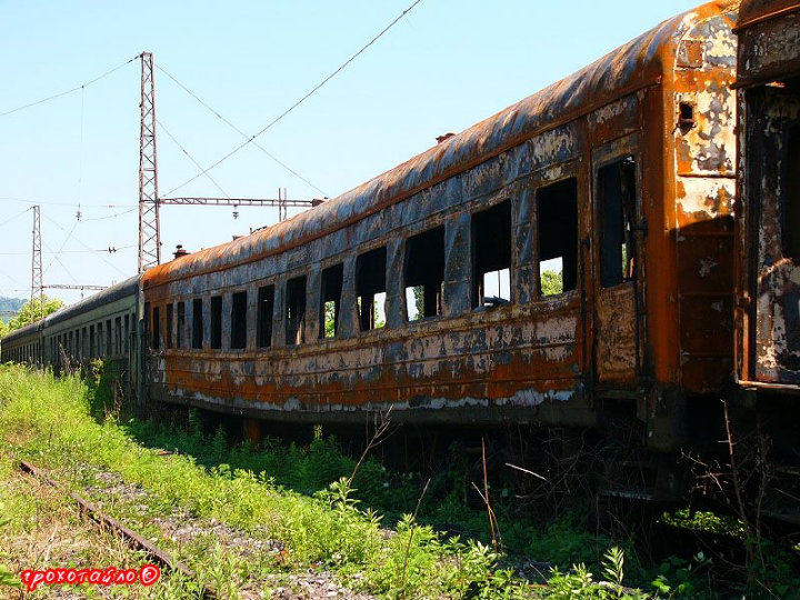 abandoned soivet trains in Sukhumi 23