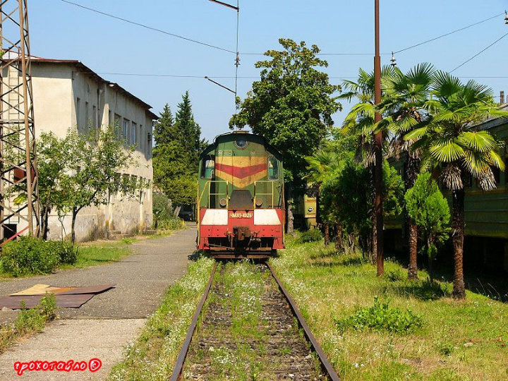 abandoned soivet trains in Sukhumi 25