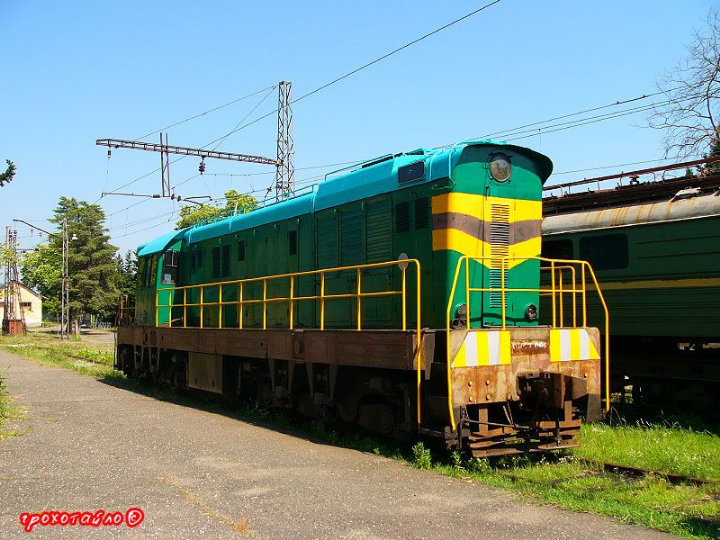 abandoned soivet trains in Sukhumi 33