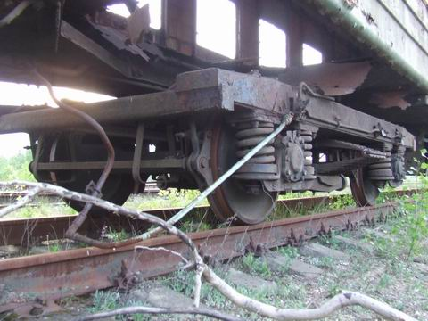 abandoned soviet trains in belarus 14