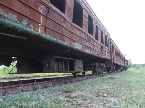 abandoned soviet trains in belarus 19