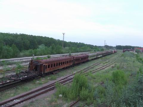 abandoned soviet trains in belarus 27