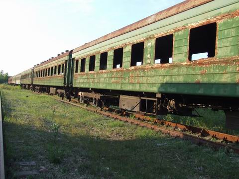 abandoned soviet trains in belarus 35