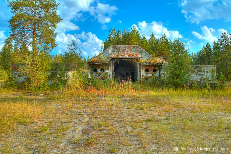 Russian abanoned SAM site 12