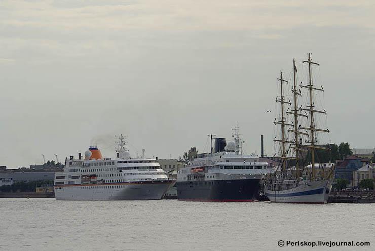 Boat of Roman Abramovich, Russian Rich 5