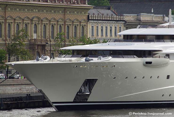 Boat of Roman Abramovich, Russian Rich 7